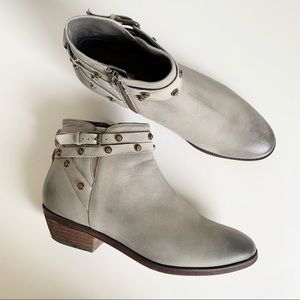 Halogen Lidia Studded Leather Ankle Boot Grey 8